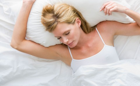Video: How Can I Sleep Comfortably During Pregnancy?