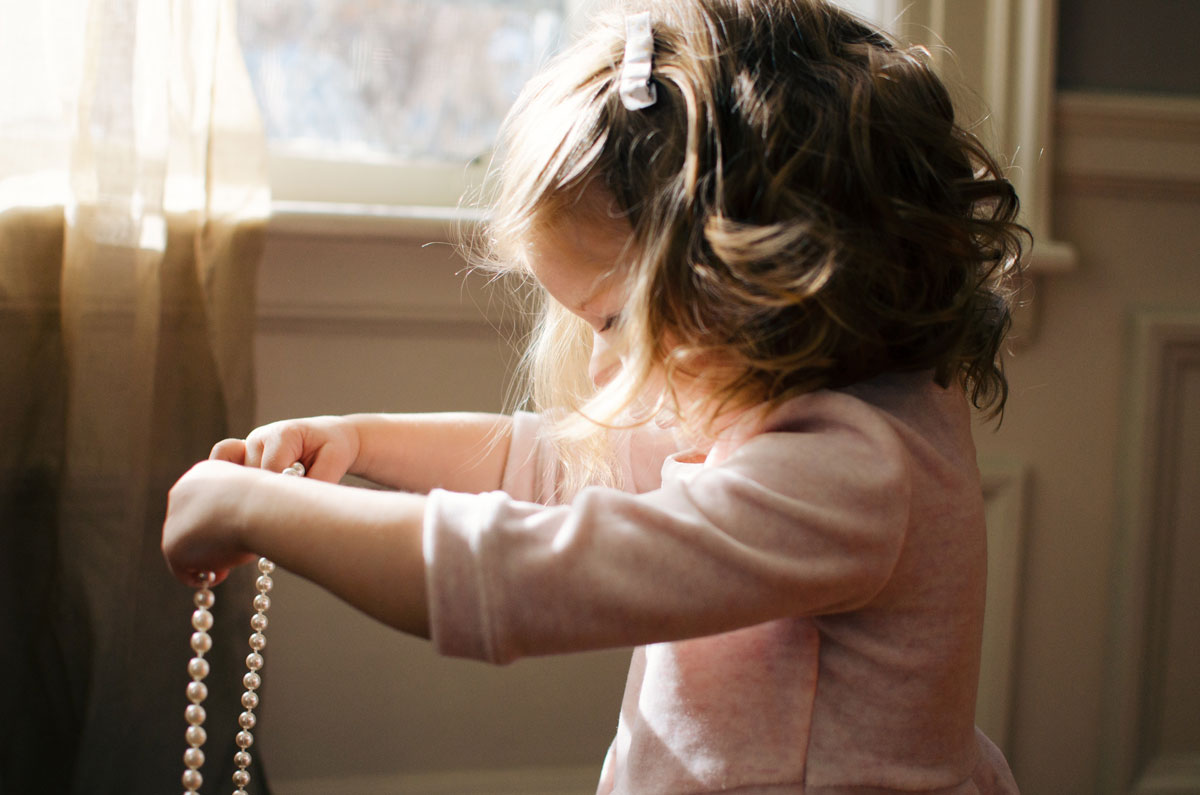 understanding and responding to a childs behaviour