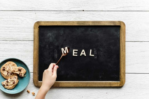 Here's How to Make Your Life Easier by Meal-Planning