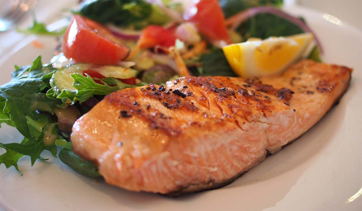video why you can and should eat fish during pregnancy
